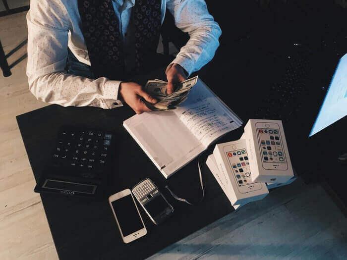 Custo de Mercadoria Vendida ou CMV é vital ao seu giro de estoque